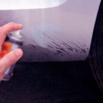 Как убрать газовые пятна из автомобиля