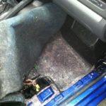 Как удалить плесень из салона автомобиля