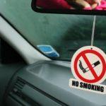 Как удалить запах сигареты из вашего автомобиля