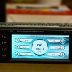 Как установить предварительно настроенные радиостанции в автомобилях