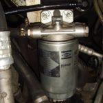 Как установить топливный фильтр в Cadilac 1997 года