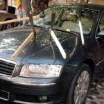 Как закрыть разбитое окно автомобиля