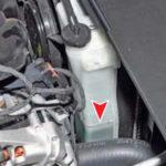 Как залить охлаждающую жидкость в Hyundai