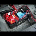 Как заменить аккумулятор в BMW 325xi