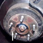 Как заменить датчик колеса ABS в автомобилях Chevrolet