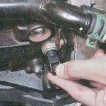 Как заменить датчик масла на Impala 2007 года