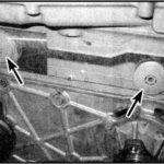 Как заменить датчик положения кулачка на 2002 Trailblazer