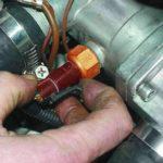 Как заменить датчик температуры охлаждающей жидкости в автомобилях