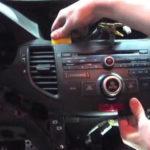 Как заменить фару в Honda Accord EX 2005 года