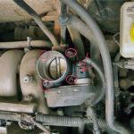 Как заменить корпус дроссельной заслонки в VW Jetta