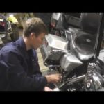 Как заменить масло в 2001 году на Harley Road King