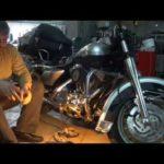 Как заменить масло в мотоцикле Harley-Davidson Heritage Softail