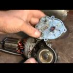 Как заменить мотор стеклоочистителя на грузовике Toyota