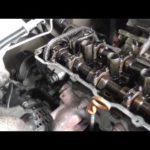 Как заменить прокладку головки двигателя на двигателе Nissan 2.4L