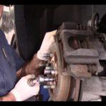 Как заменить ротор в Ford Explorer