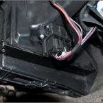 Как заменить салонный воздушный фильтр в Escalade