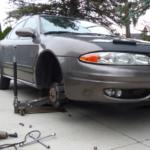 Как заменить топливный фильтр интриги в Oldsmobile