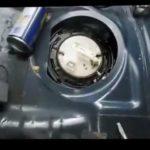 Как заменить топливный фильтр в Dodge Ram