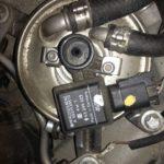 Как заменить топливный фильтр в джипе Grand Cherokee