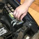 Как заменить топливный насос в Ford Escape 2002 года