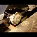 Как заменить тормозные колодки на 2002 Explorer