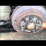 Как заменить тормозные колодки на Ford Ranger 1994 года