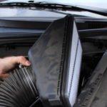 Как заменить воздушный фильтр в Toyota Corolla