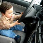 Каковы законы о ремнях безопасности для старых автомобилей?