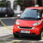Плюсы и минусы больших автомобилей против Маленькие Автомобили