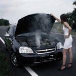 Почему мой автомобиль перегревается на холостом ходу?