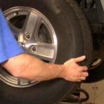 Снятие подшипника переднего колеса Dodge Dakota